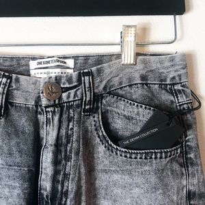 One Teaspoon Acid Wash Raw Hem Jeans Size 26